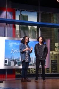 Duo Gilang dan Dai saat diundang di Indonesia Morning Show NET. ©Rebelsuns